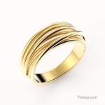 Render of gold ring.
