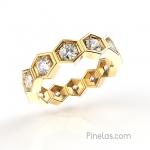 Hexagonal diamonds ring